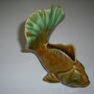 japan fish vase