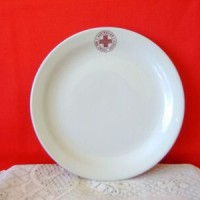 red cross 18cm plate